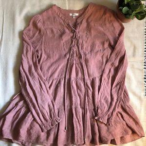 Long- sleeved lightweight blouse